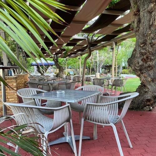 Apollon Bar Restaurrant